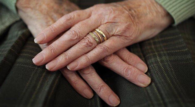 old-hands